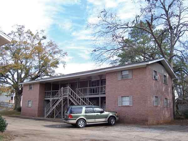tavern house apartment in tuscaloosa al