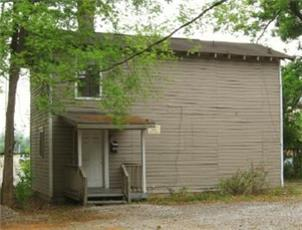 1106 1/2 8TH AVENUE apartment in TUSCALOOSA, AL